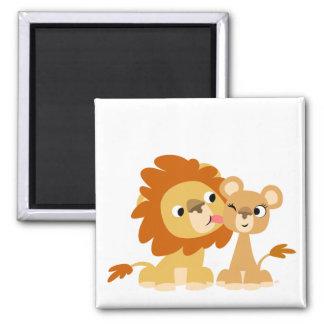 El beso: Imán lindo de los pares del león del dibu