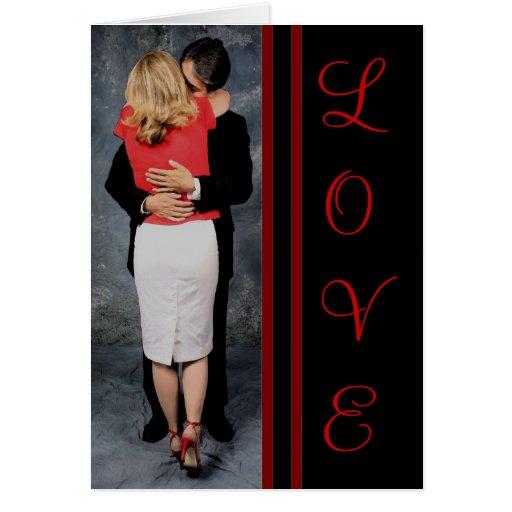 El beso junta la tarjeta del día de San Valentín