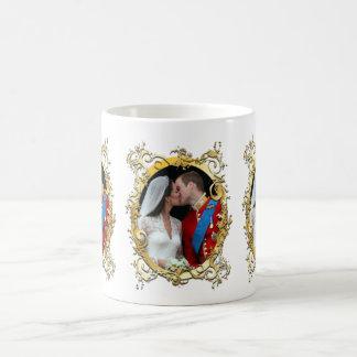 el beso, lo va a hacer+¡boda del kate, color de taza clásica
