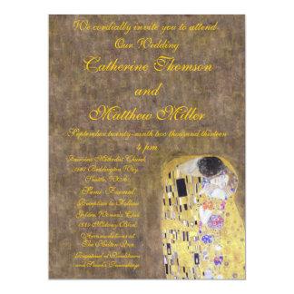 El beso por el arte Nouveau de la invitación del