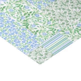 El bígaro azul florece el falso remiendo del papel de seda grande