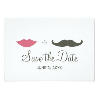 El bigote y los labios elegantes ahorran la fecha invitación 8,9 x 12,7 cm