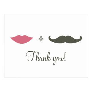 El bigote y los labios elegantes le agradecen postal