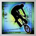 El Biking de la montaña de BMX Póster