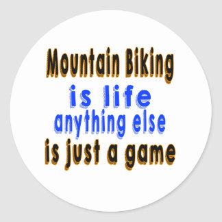 El Biking de la montaña es vida que todo lo demás Pegatina Redonda