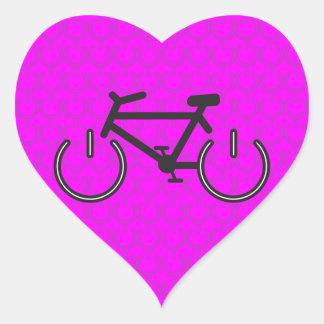 El Biking rosado del poder Pegatina En Forma De Corazón
