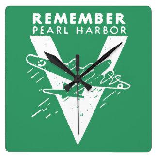 El blanco de WWII recuerda el Pearl Harbor Reloj Cuadrado