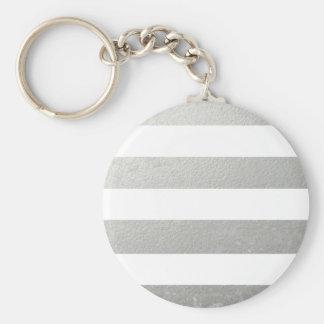 El blanco elegante raya la hoja de plata impresa llavero redondo tipo pin