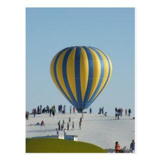 El blanco enarena festival del globo del aire tarjeta postal
