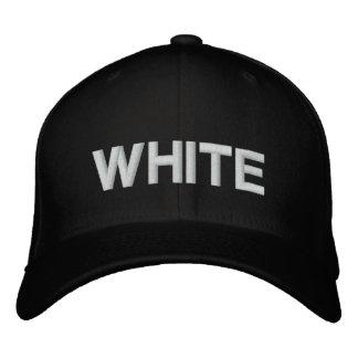 El blanco es mi nombre medio gorra bordada