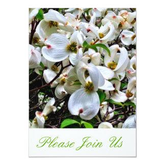 El blanco florece invitación