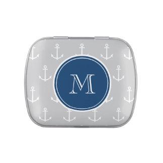 El blanco gris ancla el modelo, monograma de los a frascos de caramelos