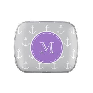 El blanco gris ancla el modelo, monograma púrpura frascos de caramelos
