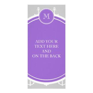 El blanco gris ancla el modelo, monograma púrpura lona publicitaria