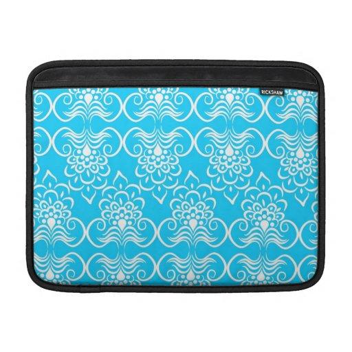 El blanco remolina estampado de flores en el azul  funda  MacBook