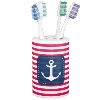 El blanco rojo náutico raya el ancla de la bandera vasos para cepillos de dientes
