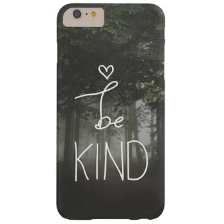El blanco sea tipografía linda del corazón de la funda barely there iPhone 6 plus