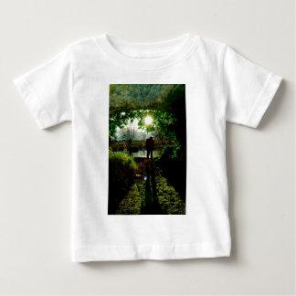 El boathouse secreto t-shirt