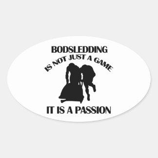 El Bobsledding se divierte diseños Pegatina Ovalada