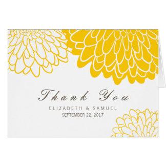 El boda amarillo blanco del crisantemo le agradece tarjeta pequeña