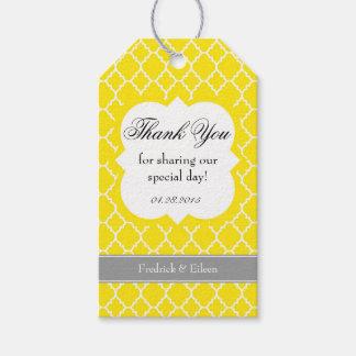 El boda blanco amarillo de Quatrefoil le agradece Etiquetas Para Regalos