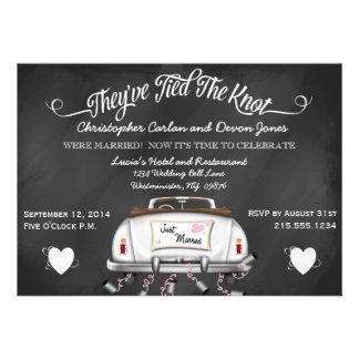 El boda convertible del poste de la pizarra del vi invitación