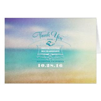 El boda de playa moderno le agradece las tarjetas