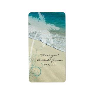 El boda de playa tropical le agradece favorecer etiquetas de dirección