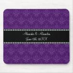 El boda favorece el damasco púrpura tapete de raton