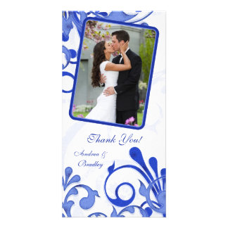 El boda floral azul y blanco le agradece tarjeta d plantilla para tarjeta de foto
