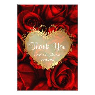 El boda floral del rosa rojo le agradece