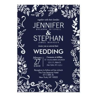 """El boda floral elegante del azul marino y blanco invitación 5"""" x 7"""""""
