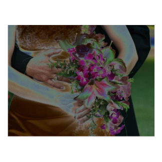 El boda florece las manos Solarized Tarjetas Postales