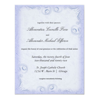 """El boda formal azul elegante de Scrollwork invita Invitación 4.25"""" X 5.5"""""""