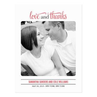 El boda limpio de la mirada le agradece cardar postales