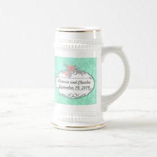 El boda moderno del damasco de la menta invita jarra de cerveza