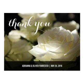 El boda romántico hermoso del rosa blanco le postal