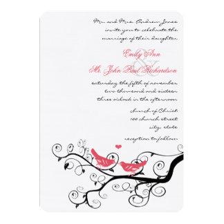 """El boda rosado enrrollado del árbol del pájaro del invitación 5"""" x 7"""""""