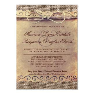 El boda rústico de la arpillera del papel del invitación personalizada