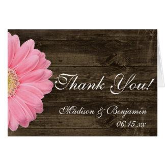 El boda rústico de la margarita rosada le agradece tarjeta pequeña