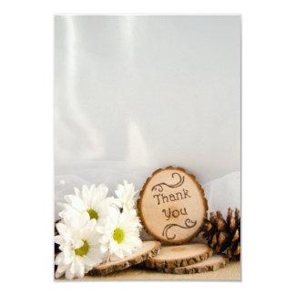 El boda rústico del arbolado de las margaritas invitación 8,9 x 12,7 cm