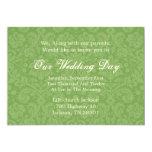 El boda verde del fondo del modelo invita invitación 12,7 x 17,8 cm