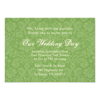 """El boda verde del fondo del modelo invita invitación 5"""" x 7"""""""