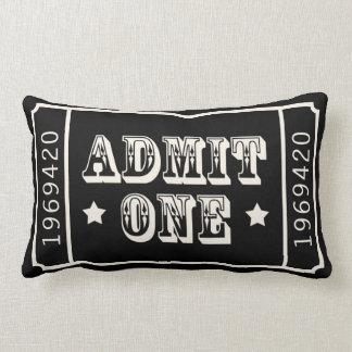El boleto de teatro caprichoso del circo admite almohada
