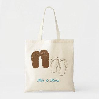 El bolso nupcial del par de los flips-flopes bolsas