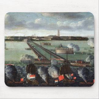 El bombardeo de Dunkerque Mousepads