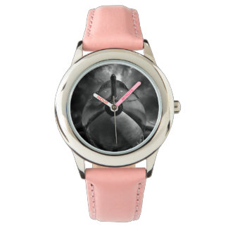El bombardero BW Reloj