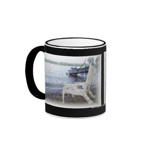 El borde del agua taza