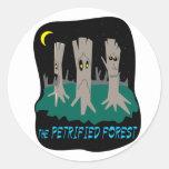 El bosque aterrorizado pegatinas redondas