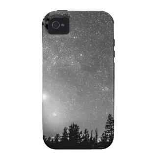El bosque siluetea la astronomía de la Case-Mate iPhone 4 carcasa